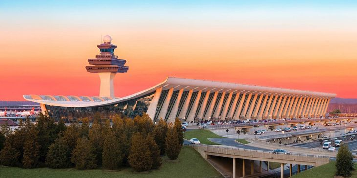 United's hub operation at Washington Dulles got a new lease on life. (Image: metropolitan Washington Airports Authority)