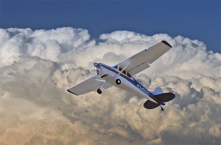 An Uber-type flight-sharing service for private pilots has been grounded. (Image: Jim Glab)