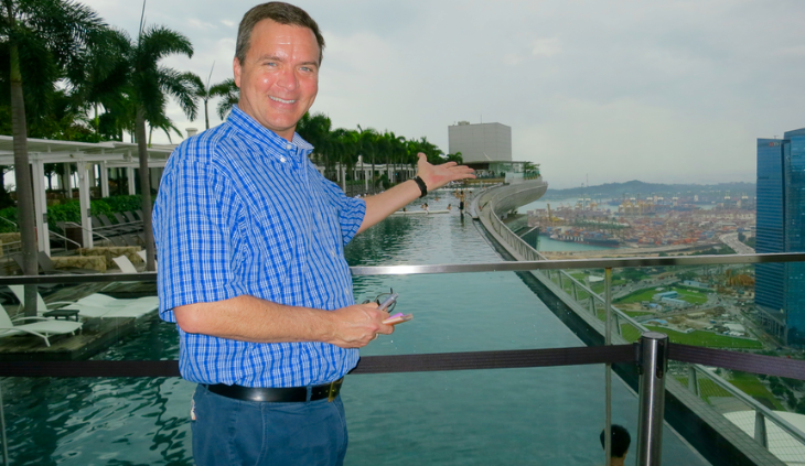 Taking a look at the infinity pool atop the famous Marina Bay Sands hotel in Singapore