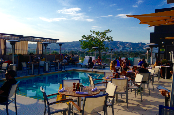 Rooftop pool deck at Kimpton's Hotel Wilshire in Los Angeles (Photo: Chris McGinnis)