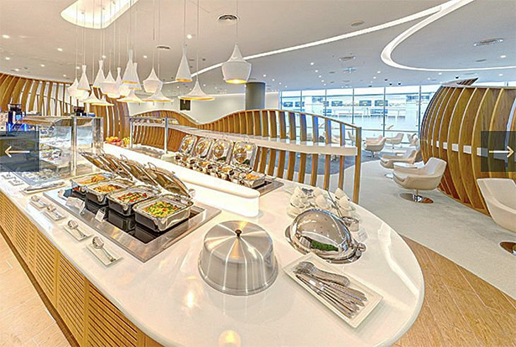 The new SkyTeam lounge at Dubai International has an international buffet. (Image: SkyTeam)