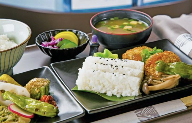 Premium Cabin flyers will be served Hawaiian-inspired cuisine. (Image: Hawaiian Airlines)