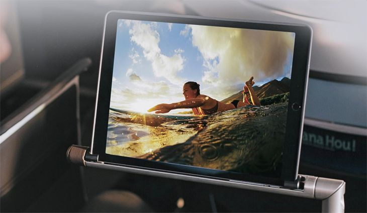 Entertainment is delivered via 13-inch tablets on adjustable arms. (Image: Hawaiian Airlines)