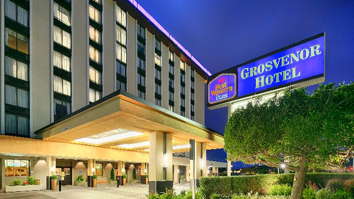 Christmas weekend rates at this Best Western Plus near SFO tumble to just $80 per night on Dec 23-25- rates are normally closer to $150 (Photo: Chris McGinnis)
