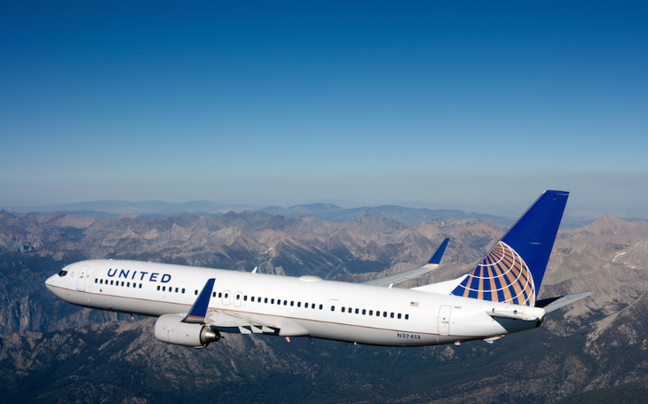 United Airlines 737-900