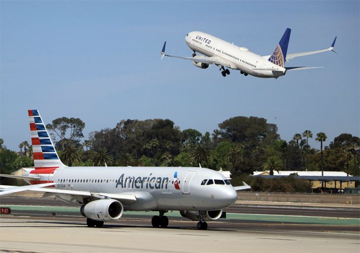 American and United this week started selling Basic Economy fares. (Image: Jim Glab)